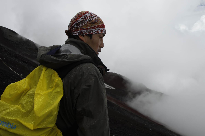 Climber rests on Fuji